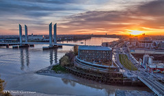 Sunset view from La Cité du Vin (The City of Wine) in Bordeaux (Michael Guttman) Tags: bordeaux france lacitéduvin thecityofwine garonne pontjacqueschabandelmas bridge city cityscape sunset river view riverview sunsetview