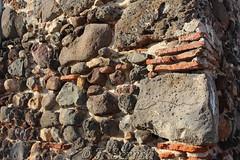 Simaxis - Particolare del muro dell'antico carcere (Franco Serreli) Tags: sardegna sardinia muro simaxis oristanese pietre pietra paesieborghidisardegna stradedipaese centristorici muri