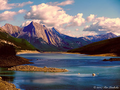 Medicine Lake: Topaz (Per@vicbcca) Tags: medicinelake alberta canada topaz lake landscape rockies montaña lago paisaje agua
