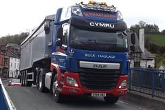 Lloyds haulage DX64 UWZ at Llanfair Caereinion (Joshhowells27) Tags: daf oswestry cf bulk tipper