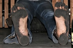 dirty feet - indoor 619 (dirtyfeet6811) Tags: feet soles barefoot dirtyfeet dirtysoles blacksoles partyfeet