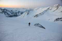 Finsteraarhorn 2017 (al1rey12) Tags: ski skimo alpinisme alpiniste alpinist freedom nature calme landscape switzerland suisse swiss valais 4274m hight hike hiking climb mountain montagne snow glacier morning spring matin explore explorateur alain rey alan skones photographer dimitri percia climbler world peacefull