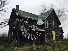 the winds of change...(house of broken hearts) (Aces & Eights Photography) Tags: abandoned abandonment decay ruraldecay oldhouse abandonedhouse breakmyheart windmill