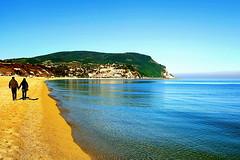 Lovely walk (Daniele Torreggiani) Tags: ancona marche numana marcelli riviera conero spiaggia beach mare sea costa