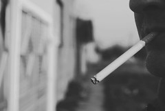 Sareni (Sareni) Tags: sareni serbia srbija vojvodina banat juznibanat alibunar sm savemuncana jovan jovanklopocan ulica street sokak sor portrait portret man cigarette cigara cigareta bw blackandwhite crnobela winter zima mart 2017 twop