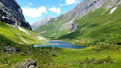 Lake between mountains (michellemätzig) Tags: lake green gras mountain landscape wow europe germany norway blue sky vacation best beautiful awesome incredible exciting favorite fantastic good gorgeous nature