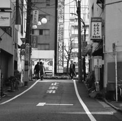 170320_ZenzaBronicaS2_005 (Matsui Hiroyuki) Tags: zenzabronicas2 zenzanon150mmf35 fujifilmneopan100acros