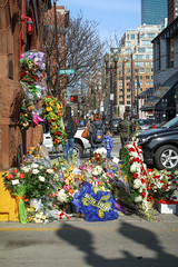 IMG_4817 (kz1000ps) Tags: flowers station boston architecture fire construction memorial massachusetts flags ladder15 firefighters backbay fatal halfstaff deaths engine33 298beacon