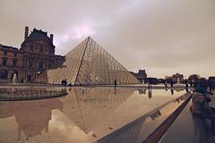 Louvre 14 (Miscolo) Tags: city november winter urban paris france tourism canon europe metropolitan 2013 550d t2i