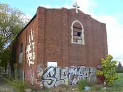 slo rehab 907 roller (httpill) Tags: streetart art graffiti tag graf touch detroit roller droid rehab sloe 907