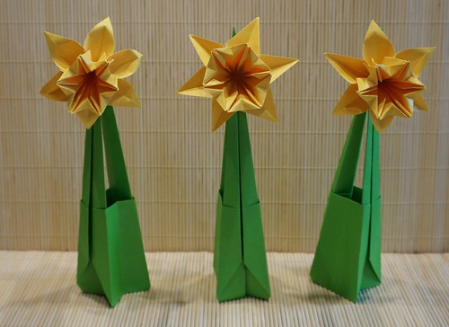 Frohe Ostern! (Tagfalter) Tags: flower spring origami