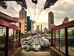 bridge sky usa newyork bus tower cars mobile skyline... (Photo: Мaistora on Flickr)