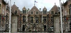 Orléans, Loiret: Hôtel Groslot. (Marie-Hélène Cingal) Tags: france wroughtiron 45 orléans loiret ferforgé hôtelgroslot