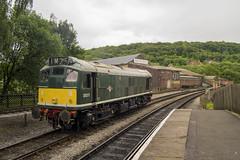 K&WVR Diesel gala (DM47744) Tags: railroad 2 green heritage train br diesel yorkshire transport traction rail railway trains class 25 valley type locomotive worth railways gala sulzer 2014 keighley 25067 d5217