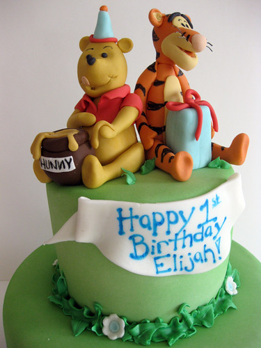 Pooh and Tigger Cake