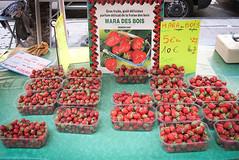 Hyres, Provence (France) (David Lebovitz) Tags: france french strawberry berries strawberries provence hyeres maradesbois hyeresprovencefrancetravel