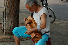 "Musik Musik • <a style=""font-size:0.8em;"" href=""http://www.flickr.com/photos/39658218@N03/14691047872/"" target=""_blank"">View on Flickr</a>"