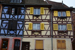 Colmar 058 (mart.panzer) Tags: pictures vacation france nature vineyard frankreich holidays bestof photos top awesome scenic pic highlights best colmar alsace impressions elsass attractions middleage mustsee scenicroad timberedhouses fachwerkhuser weinstrasse scenicdrive oldcities wineroute romanticroad bawaria bestoff gabledhouses badenwrthemberg fachwerkstrasse gerhardpanzer rutdesvin