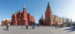 Heart of Moscow (Shark CR Photo) Tags: moscow russia kremlin museumofhistory redsquare stbasilscathedral leninsmausoleum georgyzhukov crowd people sightseeing cornerarsenalnayatower spring sun weather architecture 7dmk2 sigma1835f18dchsm sigma1835f18 canon panoramic sky bird