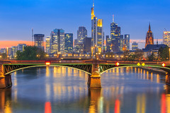 20170407-203754-Frankfurt-HDR (martinz50) Tags: 2017 auto blauestunde deutschland fotostil frankfurt hdr outdoor skyline frankfurtammain hessen de