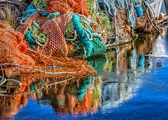 Textures, Colors and Reflections (Don3rdSE) Tags: don3rdse 3rdsiblingphotography canon canon5d 5d eos february 2017 or oregon coast oregoncoast beach point scenic seascape travel weather ocean water newportharbor newport nauticalsalvage color nets ropes cables floats chain links platinumheartaward