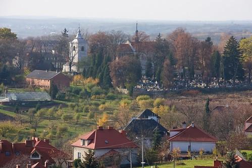 Kościół Nawrócenia św. Pawła w Sandomierzu z Bramy Opatowskiej
