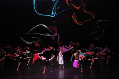 Il viaggio della Pigotta (lorenzog.) Tags: ilviaggiodellapigotta teatrocomunalebologna unicef bologna italy theatre beneficienza show ballet balletto dance nikon d700