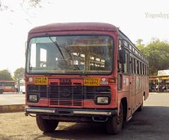Pandharkavada - akola (yogeshyp) Tags: msrtc msrtcparivartanbus maharashtrastatetransport pandharkavadaakolastbus pandharkavadadepotbus