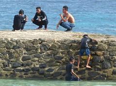 Foto session, Santai beach, Kota Ambon, Maluku (Sekitar) Tags: maluku moluccas molukken pulau nusa islands indonesia asia ambon leitimur foto session pantai guy boy santai beach kota