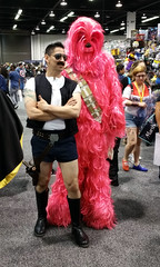 Han and Pink Chewie (Kelson) Tags: wondercon wca comiccon wondercon2017 cosplay starwars chewbacca pink hansolo