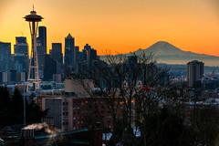 Good morning, Seattle! (ap0013) Tags: sunrise sun seattle skyline washington mount rainier mountain seattlewashington mountrainier seattleskyline seattlesunrise