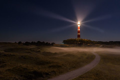 Hollum, 8 april 2017 (Martin Winterman) Tags: ameland hollum bornrif vuurtoren lighthouse mist fog island neeringbogel waddeneiland wadden watten insel watteninsel eiland dutch leuchtturm