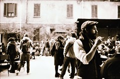 [La Mia Città] e il Wunder Mrkt alla Spirit de Milan (Urca) Tags: nikonfe2201703160044 milano italia 2017 nikonfe2 analogico 35mm film biancoenero blackandwhite bn bw wundermrkt spiritdemilan