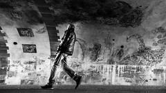 I'm walkin' here! (slaute) Tags: candid street streetphotography contrast blackandwhite monochrome timing city germany frankfurt frankfurtammain wideangle perspective wall graffiti