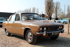 Rover P6 3500 V8 (seb !!!) Tags: 2017 auto automobile automovel automovil automobil berline canon 1100d cars anciennes ancienne old oldtimers populaire seb france salon français voiture wagen breuilpont grande bretagne anglais anglaise english british britain england photo picture foto image bild imagen imagem marron brown marrom marrone braun toit roof dach techo tetto telhado noir nero negro schwartz black preto classique classic klassic