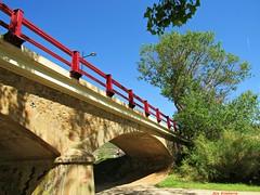 El puente (kirru11) Tags: elpuente quel larioja españa camino árboles cielo farola kirru11 anaechebarria canonpowershot