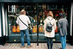 The Les Paul Temptation (The Nick Page) Tags: city london shop streetphotography guitars windowdisplay olympusxa2 gibson windowshopping filmphotography lespaulguitars kodakektar100