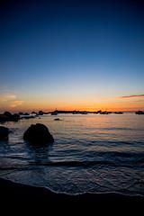 le port d'argenton (fubu.flemm) Tags: mer france port bretagne côte bateaux crépuscule plage coucherdesoleil océan argenton borddemer