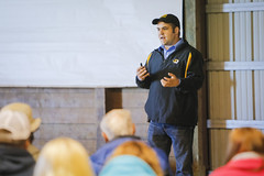 thompson field day - 2014_0089 (CAFNR) Tags: cattle northwest beef talk event missouri mizzou presentation annual fieldday mu researchcenter spickard cafnr