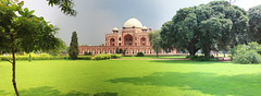 Humayun's tomb Delhi (Floyd in Bremen) Tags: panorama india temple tomb grab indien inde tempel tombeau humayun mausolee httpfloydinbremencomindexphp httpwwwfloydinbremencomthemeindiadelhihumayunfilehumayun3php