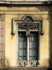 Fenêtre (BrigitteChanson) Tags: barcelona window port ventana finestra fenêtre vell