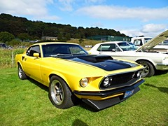 Lathalmond (View of a Ford Boss 302 Mustang) (Netty 78) Tags: show boss usa black classic ford 1969 car yellow america scotland automobile europe european day display fife britain muscle united union great scottish kingdom american vehicle 1970 mustang 302 2014 lathalmond