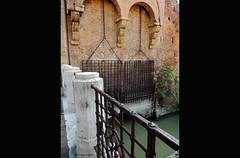 Canale di Reno- Via della Grada (Paolo Bonassin) Tags: italy bologna channel channels emiliaromagna canali grada canaledireno