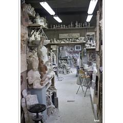 The Alabaster Workshop (horstmall) Tags: italien italy sculpture art italia kunst volterra skulptur calcium workshop tuscany limestone toscana artisanal italie artisan kalk gips craftsmanship handwerk atelier toskana artistry alabaster calcaire werkstatt albtre kalkstein horstmall gymsum