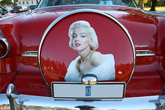 1955 Ford Fairlane Crown Victoria with Marilyn Monroe (crusaderstgeorge) Tags: 1955 ford crown victoria redcars red marilynmonroe cars classiccars americancars americanclassiccars högbo sweden september 2014 1955fordfairlanecrownvictoria fairlane crusaderstgeorge