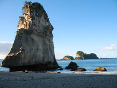 137 - Le rocher et l'océan