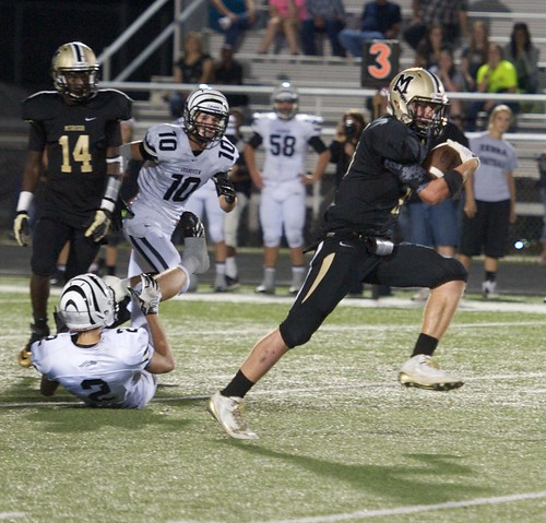 "Breaking away for a TD against Grandview. 9.26.2014. Sophomore year. • <a style=""font-size:0.8em;"" href=""http://www.flickr.com/photos/38444578@N04/15420453042/"" target=""_blank"">View on Flickr</a>"