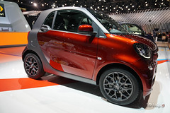 DSC03911.jpg (iDiapo) Tags: auto show orange paris smart car zeiss volkswagen nissan sofia sony carlos richard wrc salon rolls soire alpha passat royce 6000 amg stephane mondial fortwo twingo forfour 2014 acteurs a ghosn a6000