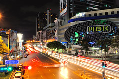 DSC_2852 (Chan Nyein Win) Tags: bangkok mbk nightlife