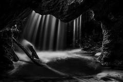 Charmines (01-Fr) (tontonlabiere) Tags: nikon nikond800 nikkor24120 blackandwhite noiretblanc charmines ain france auvergnerhônealpes water waterfallcascade eau
